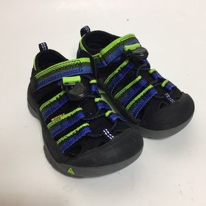 NWT/ Keen | boy's sandals shoe size 8 toddler